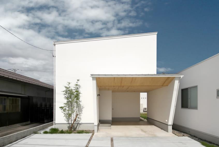 写真:栄町2Fリビングモデルハウス外観
