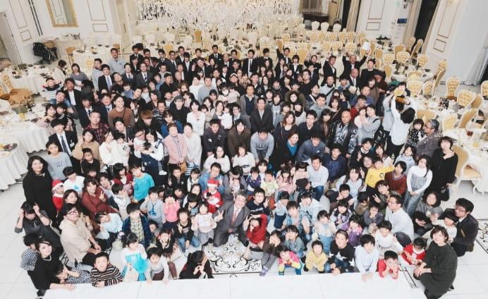 写真:社員とその家族大集合